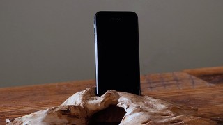 Driftwood-Phone-Stand