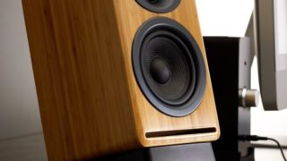 P4-Passive-Bamboo-Bookshelf-Speakers-From-Audioengine