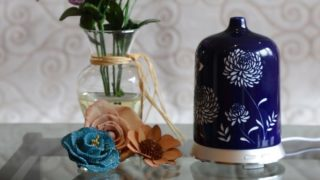 Aromatherapy-Essential-Oil-Diffuser-by-Smiley-Daisy---01