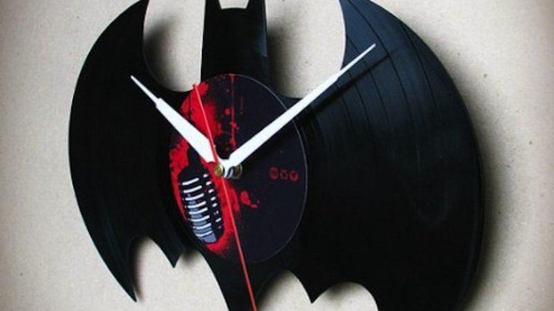 handmade-batman-vinyl-wall-clock